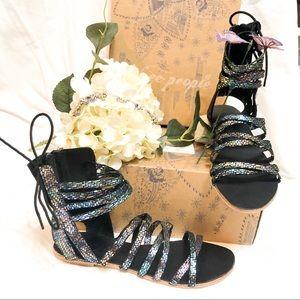 Free People🦄 NIB Black Multi Gladiator Sandal
